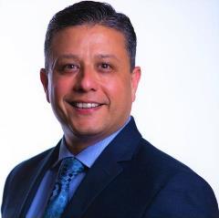 Robert Sanchez Headshot